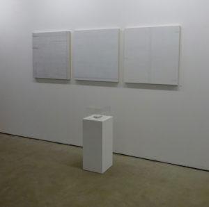 sweet dreams 2020 karton/würfelzucker/plexiglas 13 x 6 x 2.5 cm
